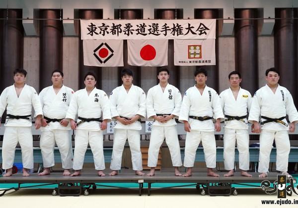 入賞者。左から一色勇輝、斉藤立、太田彪雅、小川雄勢、飯田健太郎、上田轄麻、北野裕一、佐藤和哉