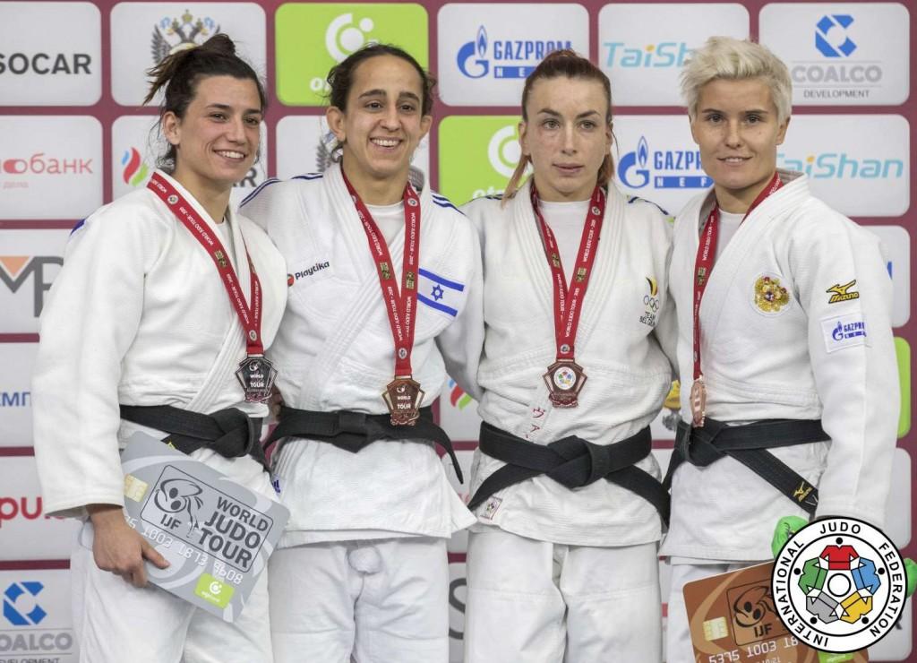 52kg級メダリスト。左からアナ・ペレス=ボックス、ギリ・コーヘン、シャーリン・ファンスニック、ナタリア・クズティナ。