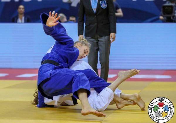 グランプリ・トビリシ2019、48kg級決勝。ダリア・ビロディド(ウクライナ)対メラニー・クレモン(フランス)