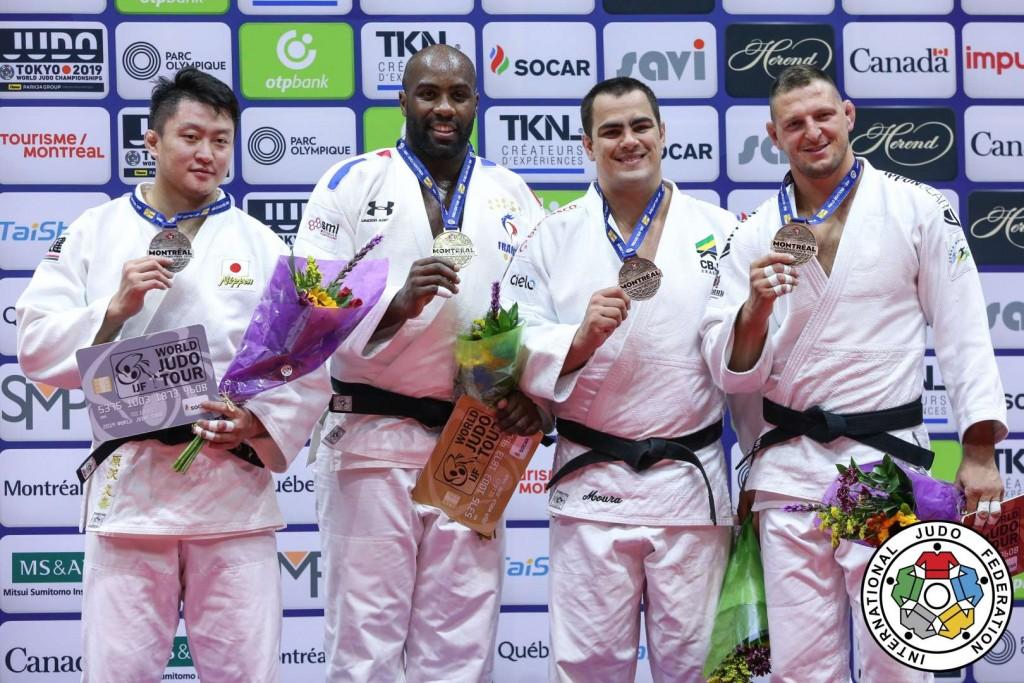 柔道グランプリ・モントリオール男子100kg超級メダリスト。左から2位のテディ・リネール、ラマダン・ダーウィッシュ、3位のダヴィド・モウラとルカシュ・クルパレク。