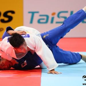 東京世界柔道選手権2019男子73kg級決勝準決勝、丸山が阿部一二三から浮技「技有」