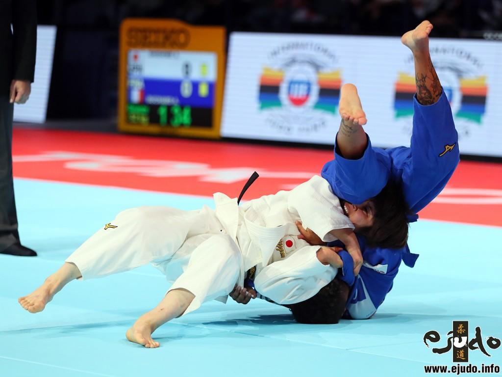 東京世界柔道選手権2019女子52kg級3位決定戦、志々目愛がアモンディーヌ・ブシャーから「韓国背負い」で「技有」
