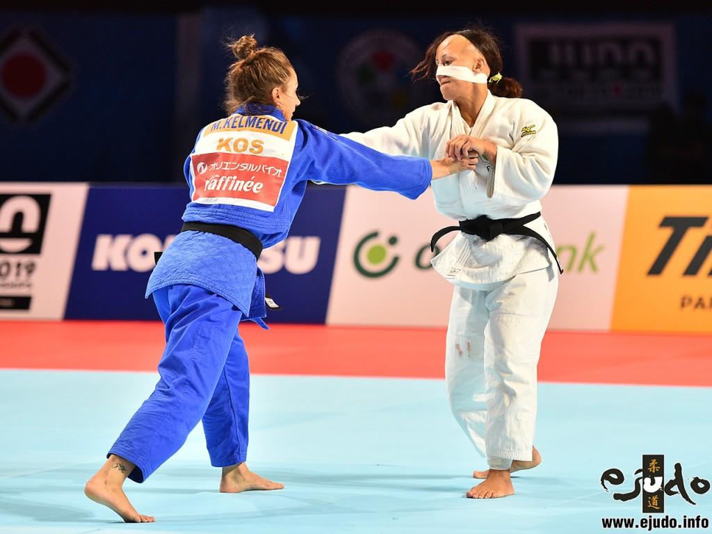 東京世界柔道選手権2019女子52kg級3位決定戦、顔面から出血したラモスはそれでも試合を続行
