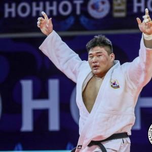 キム・ミンジョン KIM Minjong