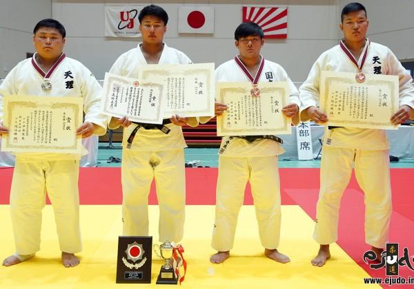 100kg超級入賞者。左から2位の中野寛太、優勝の木元拓人、第3位の久野壱虎とツェツェンツェンゲルオドフー。