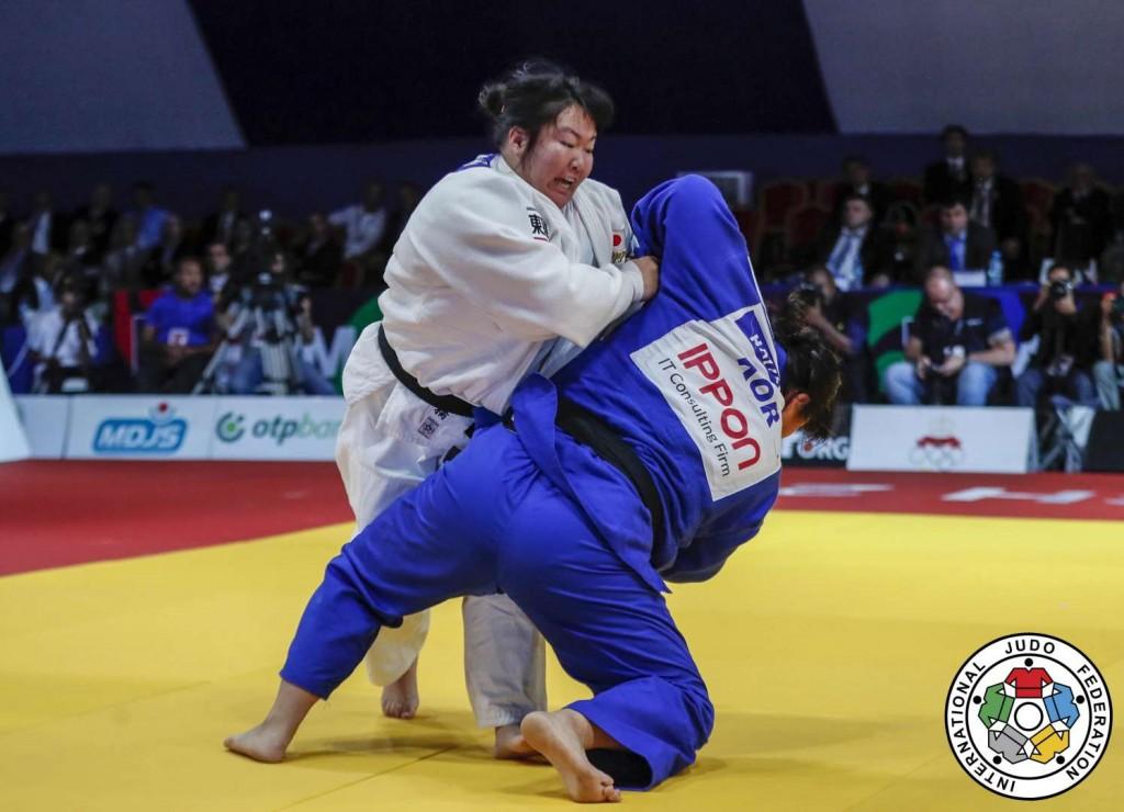 78kg超級決勝、「技有」を失った高橋瑠璃がキム・ハユンから「指導」3つをもぎとる。