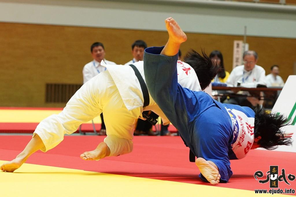 78kg級決勝、佐々木ちえが松田なみきから大内刈「技有」