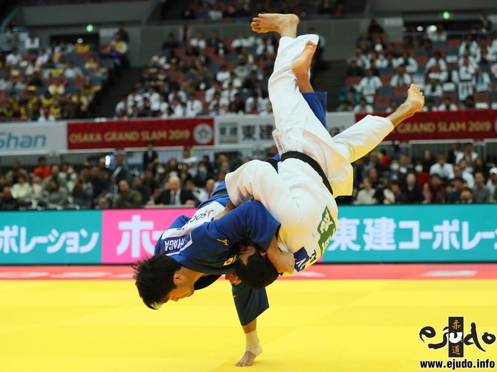 100kg級決勝、羽賀龍之介がエルマー・ガシモフから内股「技有」