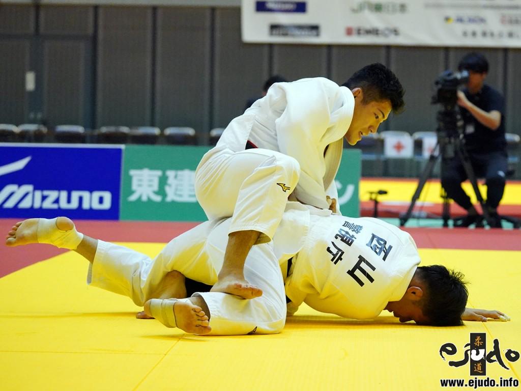 66kg級決勝、相田勇司が西山祐貴から隅返「技有」