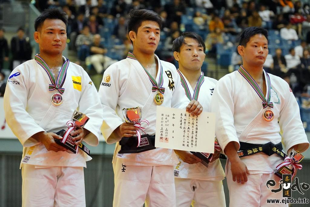 73kg級メダリスト。左から2位の海老沼匡、優勝の原田健士、3位の土井健史と佐藤雄哉。