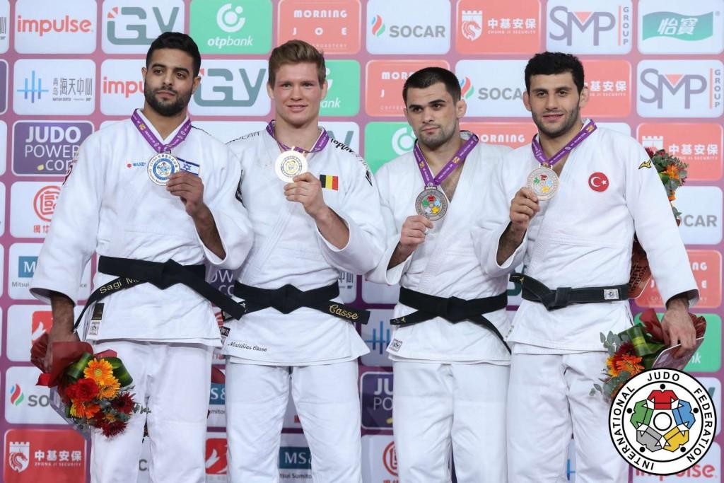 81kg級メダリスト。左から2位のサギ・ムキ、優勝のマティアス・カッス、3位のアラン・フベトソフとヴェダット・アルバイラク。