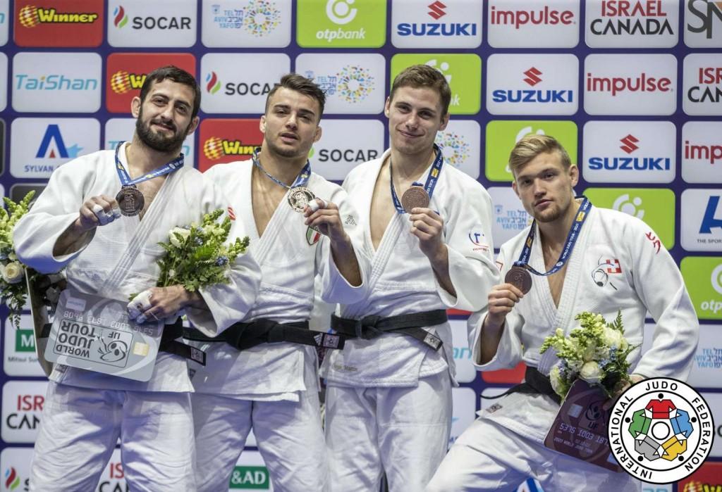 73kg級メダリスト。左から2位のフェルディナンド・カラペティアン、優勝のフェルディナンド・カラペティアン、3位のマルティン・ホヤックとニルス・スタンプ。