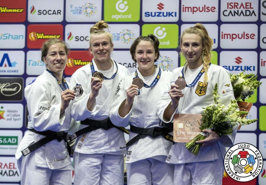 63kg級メダリスト。左から2位のキャサリン・ブーシェミン=ピナード、優勝のカタリナ・ヘッカー、3位のレナタ・ザチョワとマルティナ・トライドス。