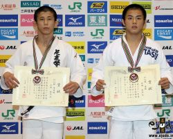 60kg級上位入賞者。左から準優勝の高田顕矢、優勝の辻岡慶次